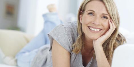 Serum do twarzy a krem przeciwzmarszczkowy - poznaj różnice