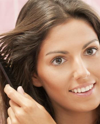 Jak wzmocnić włosy i paznokcie? Kilka sprawdzonych sposobów