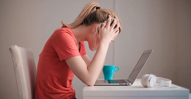 Stres nasila swędzenie skóry i objawy schorzeń dermatologicznych