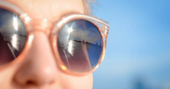 Poznaj jaki jest wpływ promieni UV na skórę.