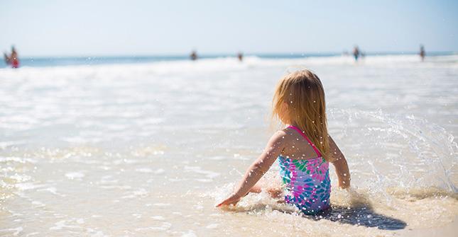 Dwutlenek tytanu jest często stosowany w kremach do opalania dla dzieci i dla skóry wrażliwej