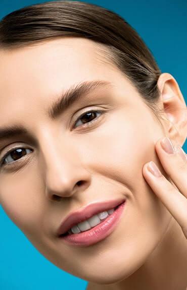 Mikrodermabrazja zapewnia efekt gładkiej, oczyszczonej, promiennej skóry