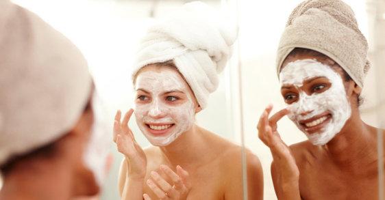 5 najlepszych momentów, aby zastosować maseczkę na twarz