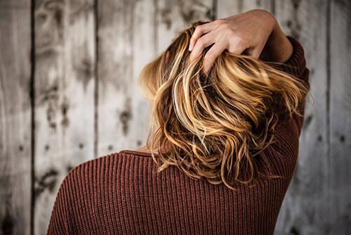 Menopauza - włosy kobiety