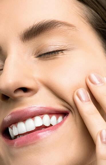 Peeling kawitacyjny to szybki sposób na promienną i gładką skórę