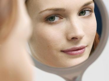 Czy hormony mają wpływ na stan naszej skóry?