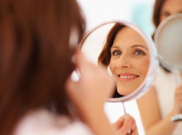 Podkład pod makijaż - czyli jakie kremy stosować pod podkład?