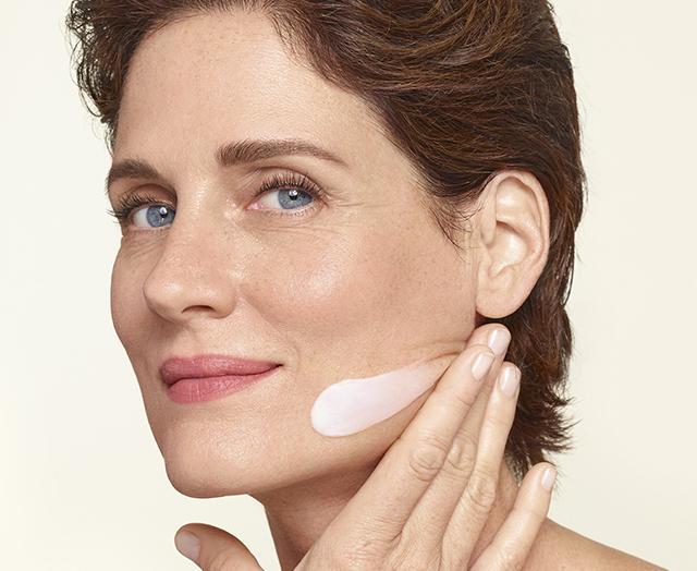 Phytosculpt Krem do pielęgnacji skóry szyi i twarzy.