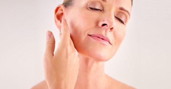 Menopauza: dlaczego moja skóra jest bardziej sucha w wieku 50 lat, niż w wieku 30?