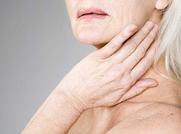 Dlaczego moja skóra jest tak sucha podczas menopauzy?