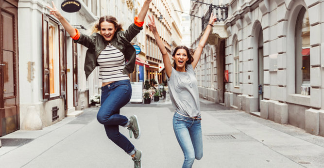 Poczuj się zdrowa i pełna energii: 3 porady dla idealnej skóry