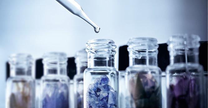 Parabeny – co to jest? Dlaczego parabeny występują w kosmetykach?