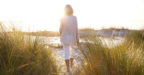 Menopauza: punkt zwrotny, wymagający zadbania o siebie i pogody ducha