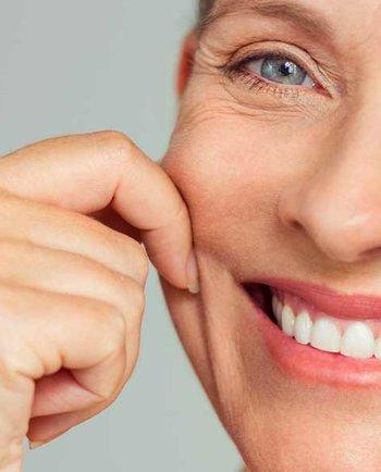Swędząca, sucha skóra.... Jak zmienia się skóra w okresie menopauzy?