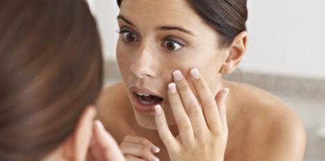Jak problemy ze snem mogą wpłynąć na Twoją skórę?