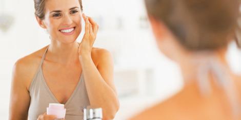 Pielęgnacja skóry po 40. roku życia: jakie zmiany należy wprowadzić