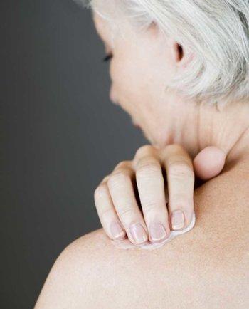 Pielęgnacja skóry dojrzałej w okresie menopauzy: jak dobrać tę najlepszą?