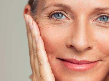Menopauza: jakie są najczęstsze objawy wskazujące na zmiany w obrębie skóry?