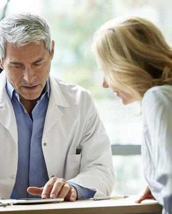Jak często chodzić do ginekologa podczas menopauzy?
