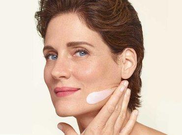 Menopauza: jak nawilżyć skórę w wieku 50 lat?