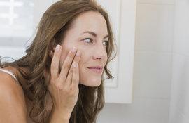 Adulte et toujours des boutons sur le visage : les solutions