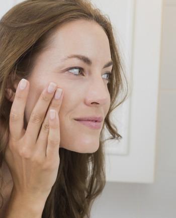 Węgiel aktywny w kosmetykach - jakie ma zastosowanie?