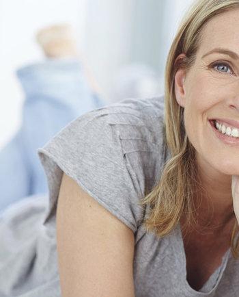 Menopauza a wypadanie włosów - co robić?