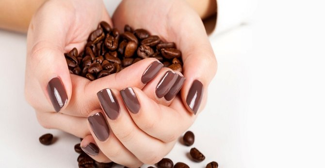 Kosmetyki z kofeiną – czy są skuteczne?